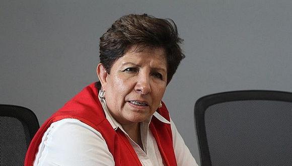 Legisladora fue denunciada el año pasado por haberle recortado el sueldo a una extrabajadora. (Foto: Correo)
