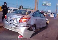 Triple choque de vehículos deja daños materiales en la salida a Puno