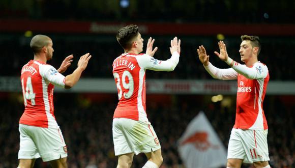 Premier League: Arsenal venció 2-1 al Leicester y se ubican cuartos