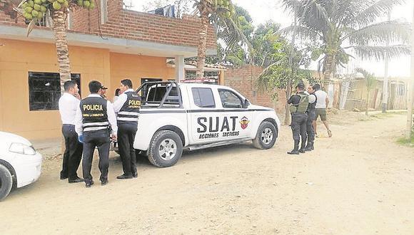 Piden cárcel para dos policías por despojar dinero a empleado