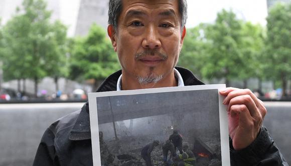 Al Kim escapó por poco de la muerte cuando la Torre Sur del World Trade Center se derrumbó el 11 de septiembre. (Foto: TIMOTHY A. CLARY / AFP)