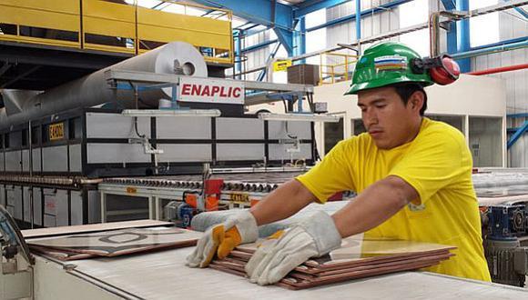 El jefe de la Cancillería de la Embajada del Perú en Guatemala, Carlos Rossi, proyectó que la demanda de materiales y acabados de construcción se incrementará. (Foto: EFE)