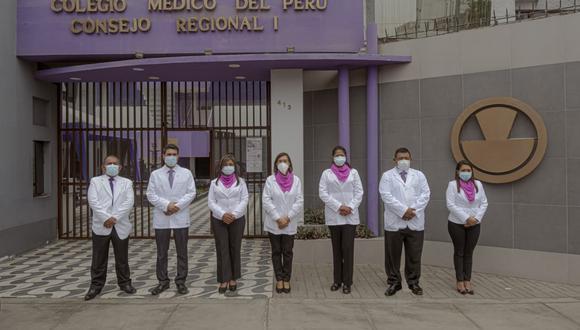 Las elecciones en ese gremio profesional serán en noviembre. Doctora Elena Ríos busca ser la primera mujer en asumir el decanato.