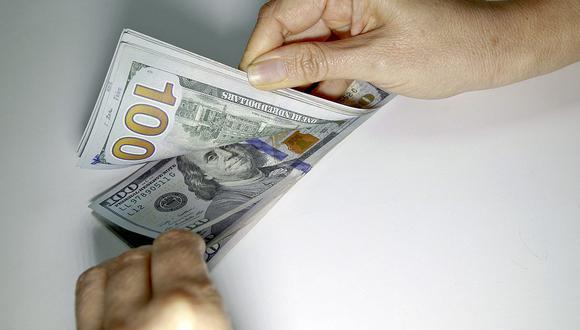 El presidente del BCR, Julio Velarde, aseguró que la entidad podría intervenir para bajar aún más el dólar, pero esto no tendría un efecto duradero. (Foto: Richard Hirano / GEC)