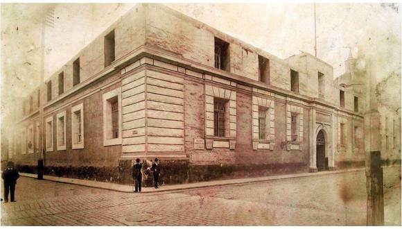 Biblioteca Nacional presenta muestra fotográfica sobre el incendio de hace 75 años