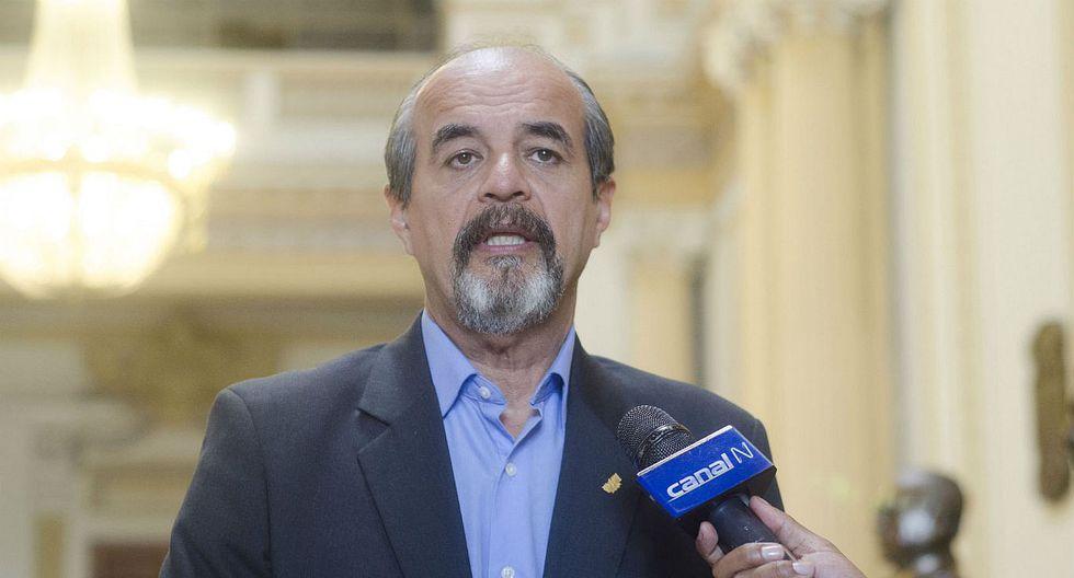 Mauricio Mulder presentará acusación constitucional contra Juan Pari