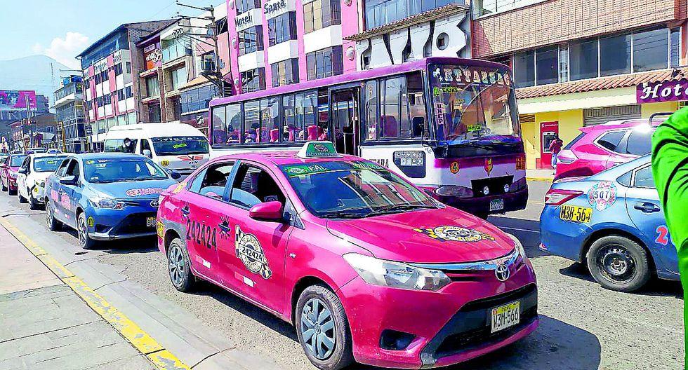 Conductores de transporte urbano  como máximo pueden subir los pasajes en 100%