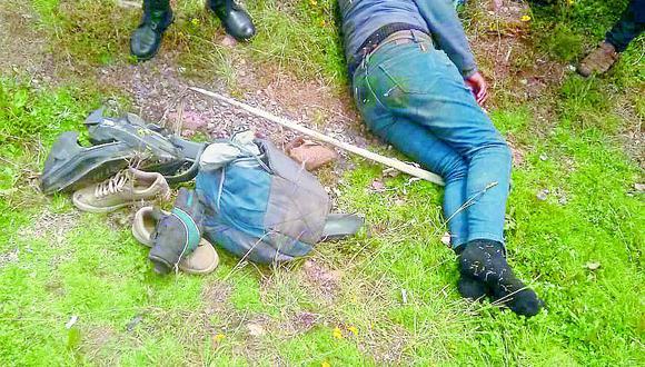 Policía se salva de milagro tras ser chocado por un auto en vía Puno - Juliaca