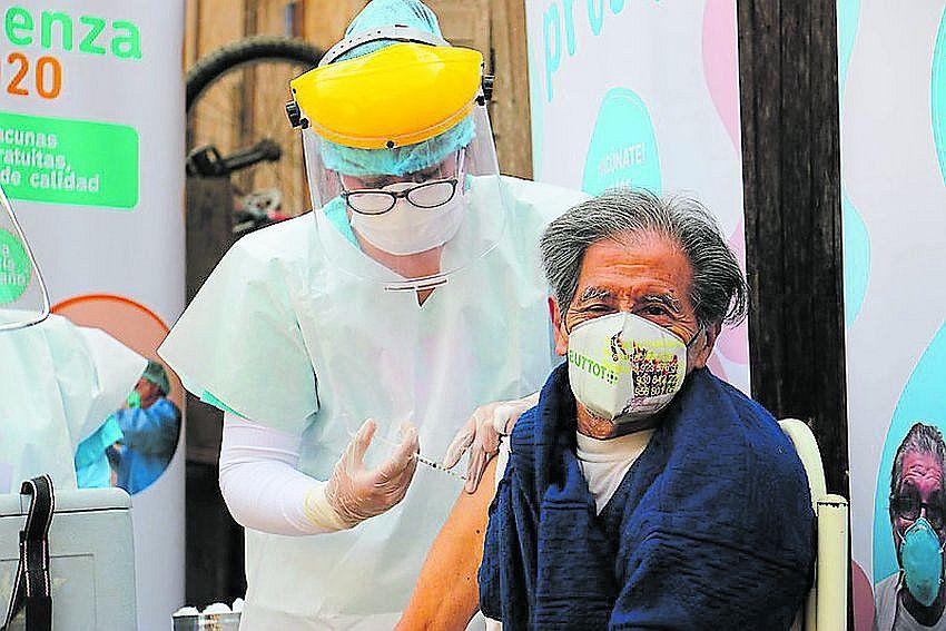 arequipa-14-mil-153-personas-fueron-inmunizadas-contra-26-enfermedades
