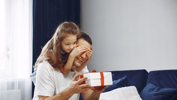 El estudio señala que existe una mayor apertura de los padres hacia la tecnología. (Foto: Pixabay)