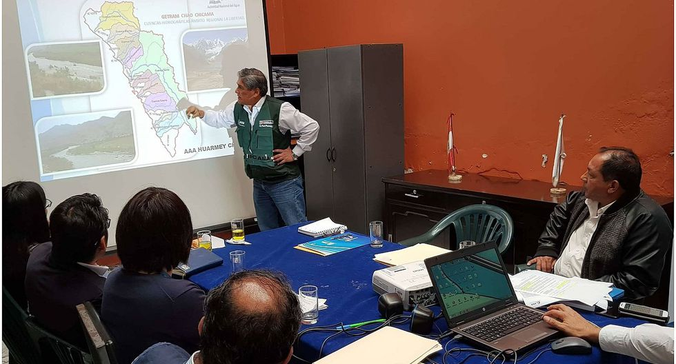Luis Yika exige solución a contaminación de río Moche