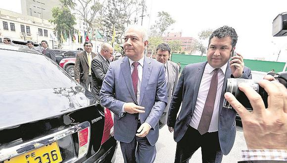 Wilfredo Pedraza será el abogado de Nadine Heredia en reemplazo de Roy Gates