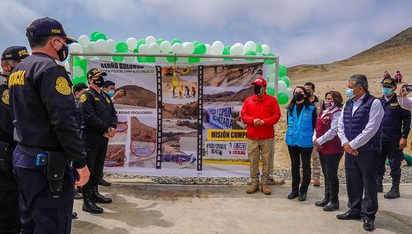 Juan Carrasco llegó a El Provenir y desde ahí anunció mano dura contra el hampa. Juramentó a Juves y municipio lo declaró visitante distinguido.