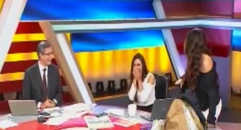 Rebeca Escribens avergüenza en vivo a Verónica Linares con esta pícara broma [VIDEO]