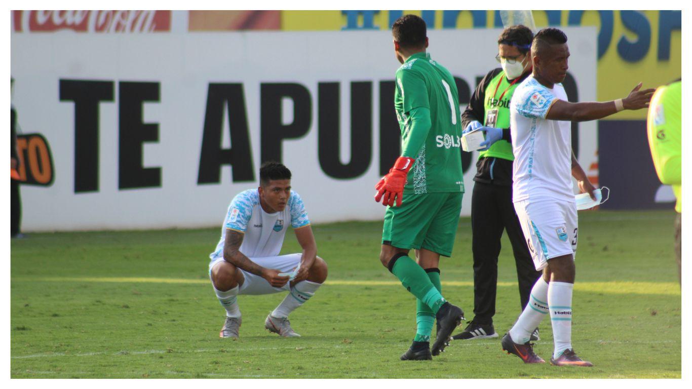 deportivo-llacuabamba-cayo-6-a-0-ante-fbc-melgar-y-le-dice-adios-a-la-liga-1