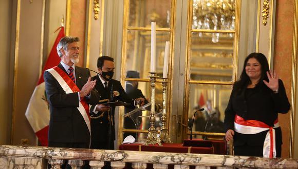 Nuria Esparch, nueva ministra de Defensa (Fotos: Presidencia Perú)