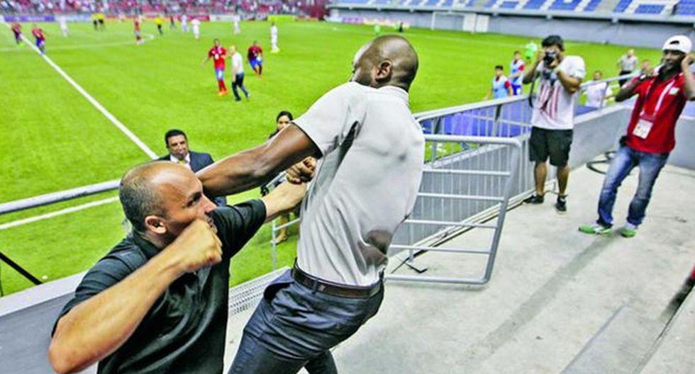 DT de Costa Rica renuncia tras pelea con guardia en estadio en Panamá