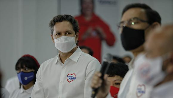 Daniel Salaverry y Martín Vizcarra presentan listas de Somos Perú (Foto: Miguel Yovera/El Comercio)