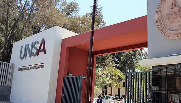 Contraloría pide sancionar a 11 trabajadores de la UNSA por perjuicio de S/104 mil
