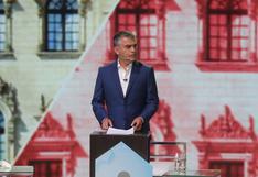 Julio Guzmán deja la presidencia del Partido Morado