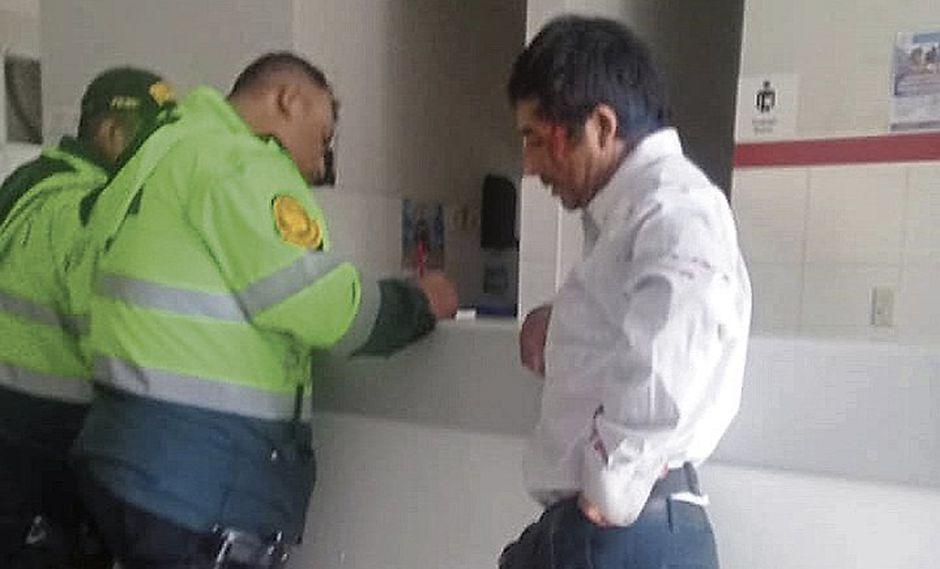 Delincuentes asaltan y hieren a mujer para despojarla de S/35 mil