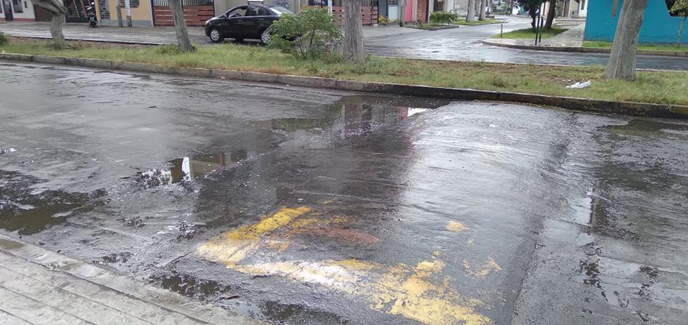 La lluvia evidenció el mal estado de las pistas en la ciudad de Trujillo.