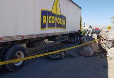 Motociclista fallece por impacto con un camión de Rico Pollo en Arequipa