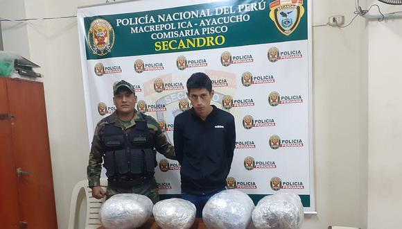 Policía captura a joven con 4 paquetes de marihuana