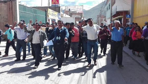 Agricultores rompen diálogo con ministro de Agricultura y anuncian paro (VIDEO)