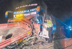 Huarmey: Tres fallecidos deja choque entre ómnibus y camión