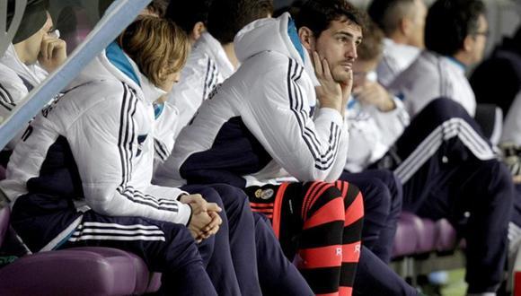 Iker Casillas y Mourinho coincidieron en Real Madrid durante tres temporadas. (Foto: AFP)