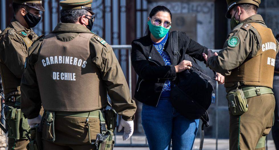 Imagen referencial. De acuerdo a un estudio de la Universidad de Chile, el mayor impacto de la pandemia se está produciendo en los trabajadores independientes, que reportan una reducción de hasta un 60% de sus salarios. (AFP / Martin BERNETTI)