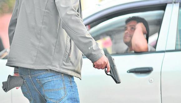 Marcas roban 60 mil soles a empresario cuando salía del banco