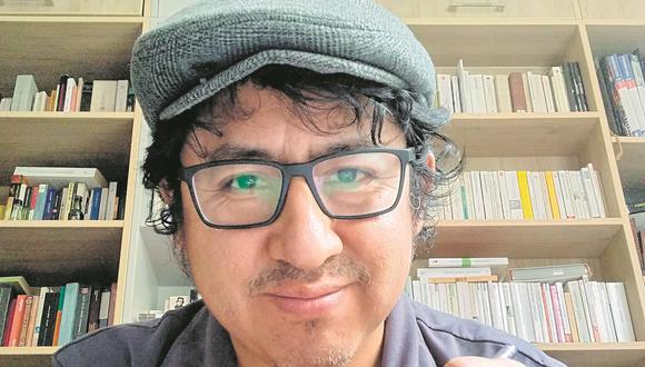 """Catedrático acaba de publicar su libro """"Katarsis"""", una serie de artículos de reflexión sobre las artes escénicas peruana de los últimos años"""