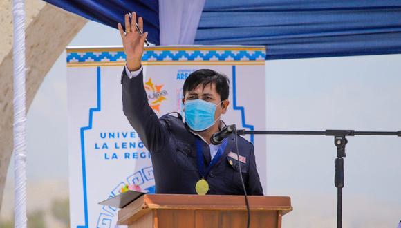 Gobernador Regional de Arequipa se pronunció en un acto público contra el magistrado que dispuso su destitución del cargo