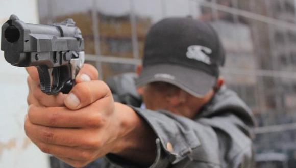 Son intervenidos por agentes de la comisaría de La Noria por el mercado La Hermelinda. (Foto: Referencial)