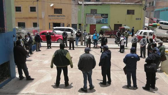 Esta nueva organización de dirigentes evalúa un paro de 48 horas en contra de Agustín Luque. (Foto: Difusión)