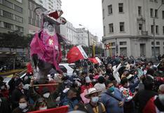 Simpatizantes estuvieron en los exteriores del PJ a la espera de la decisión sobre prisión preventiva contra Keiko Fujimori (FOTOS)