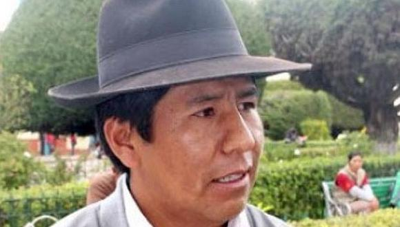 Dirigente aimara Milton Cariapaza también ingresa a la arena política