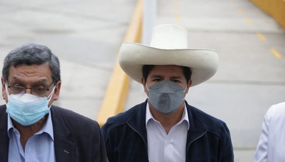 El presidente Pedro Castillo agradeció al personal de salud que hace posible la vacunación en el país. (Foto: GEC)