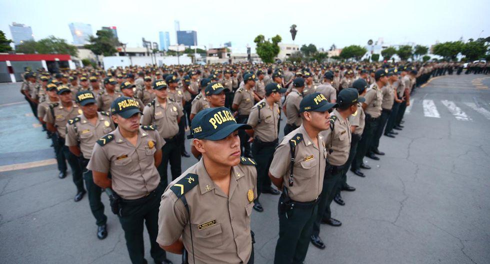 Este viernes fue presentado un contingente de más de 2.400 agentes de la PNP que fueron reasignados a labores de patrullaje preventivo en Lima y Callao. (Foto: HugoCurotto/GEC)