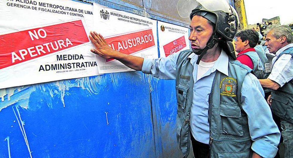 Tensión en La Parada: Comerciantes se mantienen atrincherados