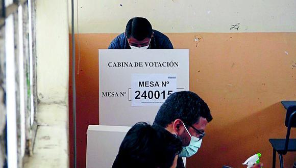 La ONPE actualizó esta mañana las cifras de los resultados obtenidos en las elecciones con voto directo que se realizaron en ochoe partidos políticos.