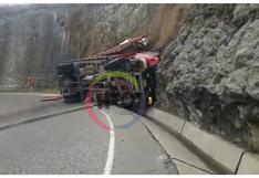 Conductor resulta herido tras el despiste de camión en carretera a la sierra en La Libertad