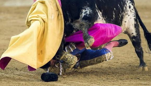 Youtube: Torero queda grave tras sufrir brutal corneada