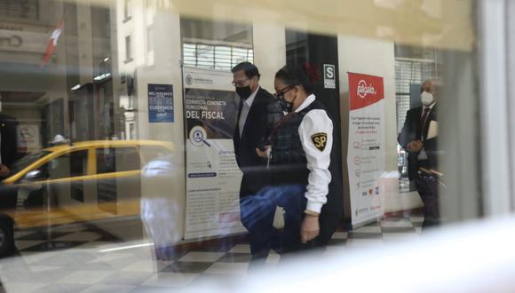 Martín Vizcarra acudió al despacho del fiscal Germán Juárez Atoche. (Foto: GEC)
