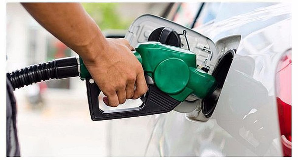 Bajan los precios del diesel y de los gasholes