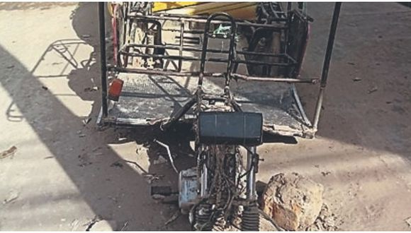 Encuentran mototaxi desmantelada en JLO
