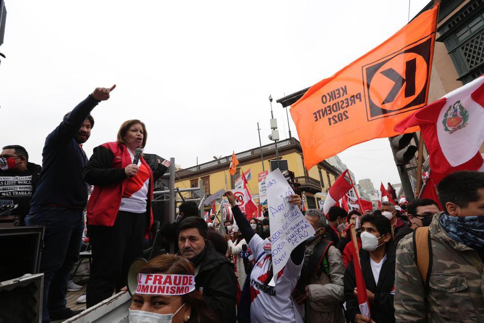 Por cuarto sábado consecutivo una movilización se realizó en el centro de Lima, en respaldo a la candidata presidencial de Fuerza Popular, Keiko Fujimori, tras la segunda vuelta de las Elecciones Generales de Perú de 2021. (Fotos: Fernando Sangama/@photo.gec)