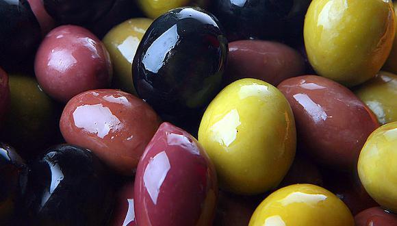 Las aceitunas verdes y negras aportan muchos beneficios a la salud de las personas (Foto: GEC)